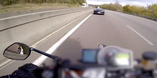 Benjamin (alias Para13) s'est filmé sur sa moto à 300km/h sur l'autoroute