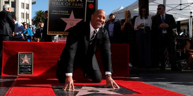 Dwayne Johnson à Los Angeles sur Hollywood Boulevard le 13 décembre
