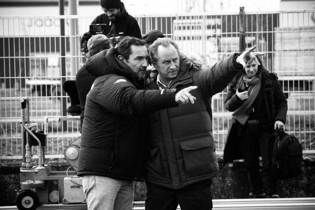 C'est la première fois que Gilles Lellouche se retrouve seul aux manettes d'un film, après avoir co-réalisé...
