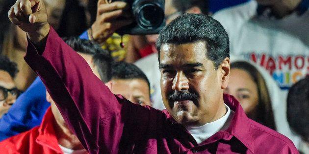 Nicolas Maduro devant ses supporters à Caracas après sa réélection le 20 mai