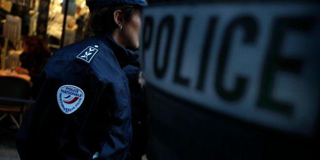 Après Halloween, une fillette de 13 ans mise en examen pour avoir jeté de l'acide sur un policier (photo