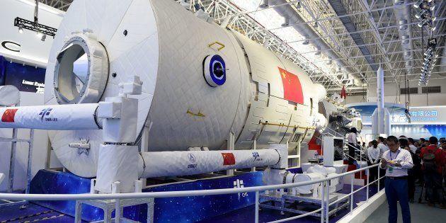 La future station spatiale de la Chine a été dévoilée ce mardi 6 novembre, lors du Salon d'aéronautique...