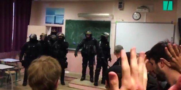 Des mineurs qui avaient occupé le lycée Arago menacés de poursuites judiciaires, la gauche