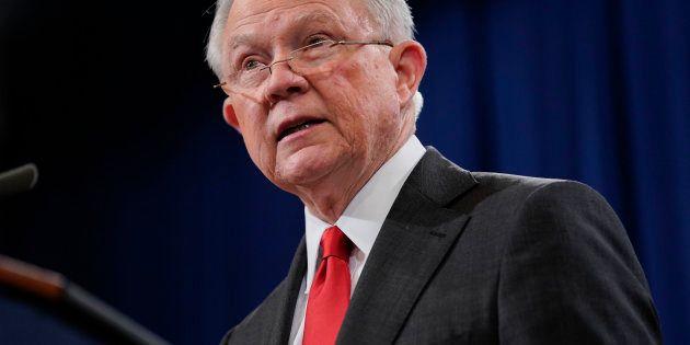 Donald Trump annonce le départ de Jeff Sessions son ministre de la