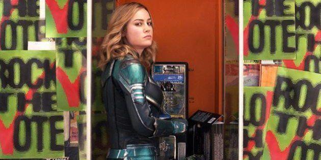 Captain Marvel (Brie Larson) est-elle en train d'appeler un téléphone