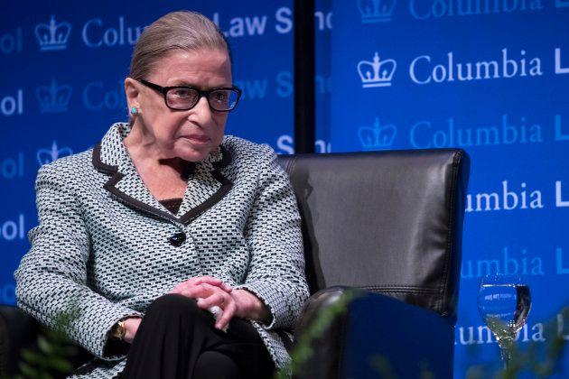 La juge Ruth Bader Ginsburg hospitalisée, les anti-Trump se