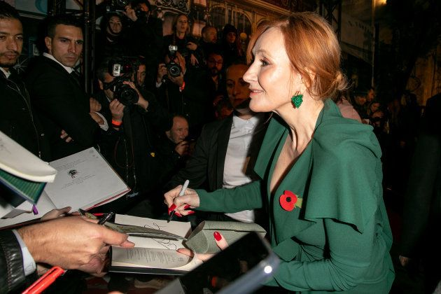 J.K. Rowling signe des