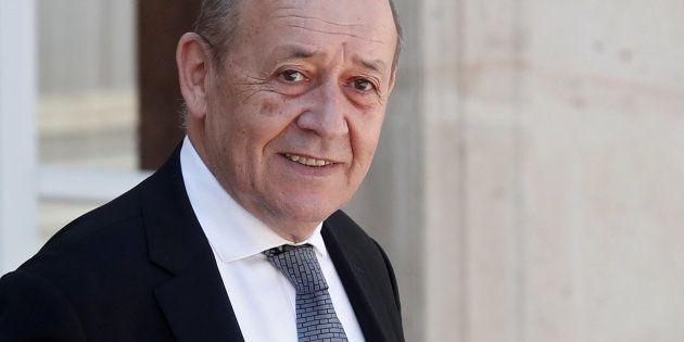 Comment Jean-Yves Le Drian, ici le 3 août 2018 à l'Élysée, a exclu les figures vichystes d'un hommage...
