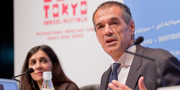 L'ancien cadre du FMI Carlo Cottarelli (ici en octobre 2012) a été chargé de former le nouveau gouvernement