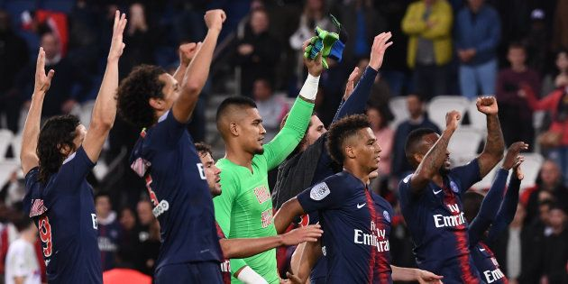 Les joueurs du PSG touchent une prime d'éthique comprenant l'obligation d'aller saluer leurs supporters...