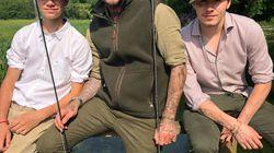 Quand les Beckham vont pêcher entre garçons, ils ne font pas les choses à