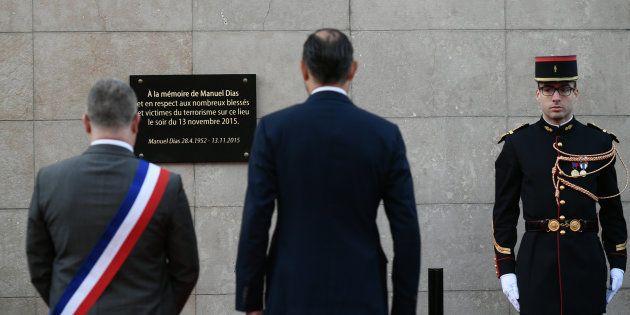 Le premier ministre Édouard Philippe a rendu hommage à Manuel Dias, la première victime des attentats...