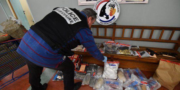 Le trafic de drogue a rapporté (beaucoup) plus que les PV à la croissance