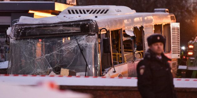 Un bus fonce dans un passage souterrain à Moscou et tue plusieurs