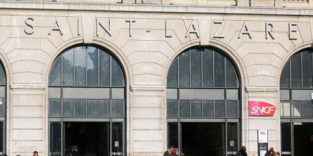 La gare Saint-Lazare touchée par une panne d'électricité, la circulation des trains