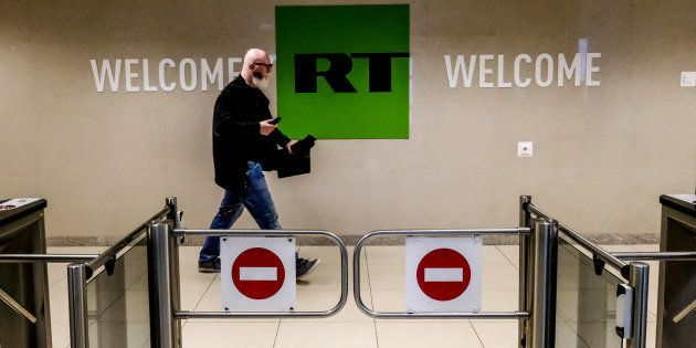 Privés d'accréditations, les médias pro-Kremlin RT France et Sputnik auront désormais accès à