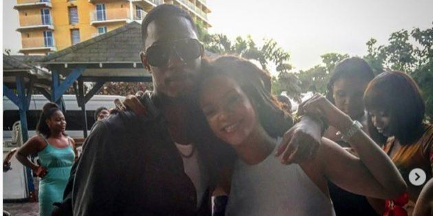 Rihanna rend hommage à son cousin tué avec un message poignant contre les armes à