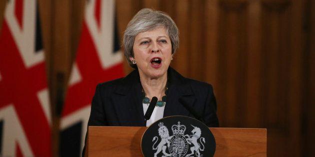 Theresa May lors d'une conférence de presse jeudi 15