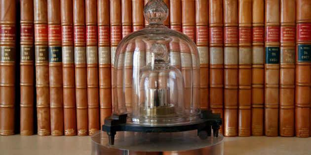 Le kilogramme est l'unité de base du poids utilisé dans tous les échanges commerciaux et scientifiques....