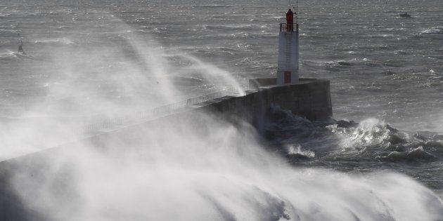 Tempête Carmen: Des rafales de 140 km/h attendues en Corse et sur la façade