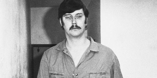 Le tueur en série américain Edmund Kemper a été accusé de 10 meurtres dont celui de sa propre mère. Personnage...