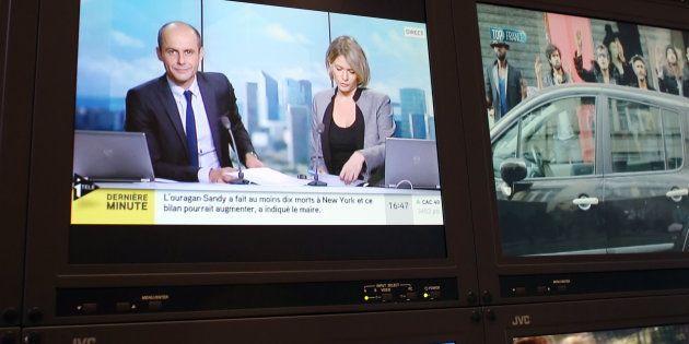 CNews en chute libre, LCI et BFM en hausse, la percée de France info... Les audiences 2017 des chaînes