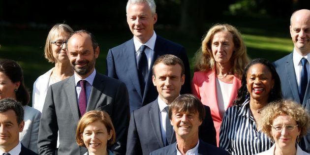 Dès janvier, Macron face à des choix sensibles pour la concorde