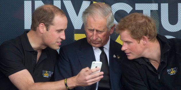 Comment la famille royale est devenue reine de Twitter et Facebook pour séduire la nouvelle