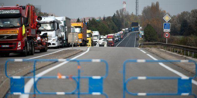 Les transporteurs routiers ont fait savoir qu'ils ne voulaient pas être associés au mouvement des gilets...