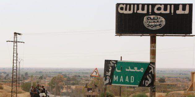 Les jihadistes français arrêtés en Syrie peuvent-ils vraiment être jugés au Kurdistan syrien? (Photo...
