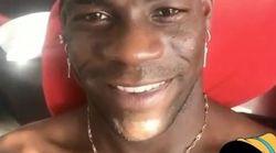Balotelli a fait à son petit frère ce que tout joueur de