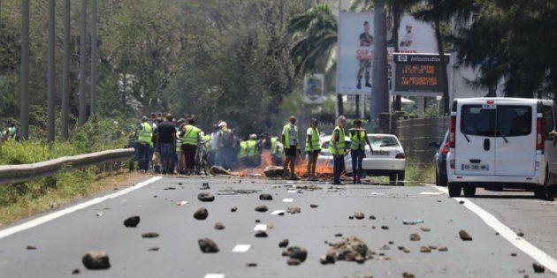 A La Réunion, la situation dégénère après les manifestations des gilets jaunes, du jamais vu depuis