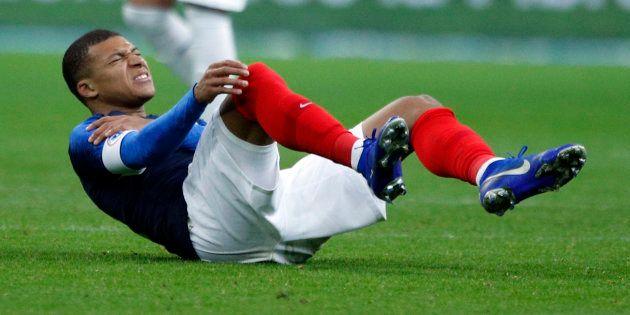 Kylian Mbappé après sa blessure ce mardi 20 novembre au stade de