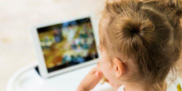 Il est tout aussi important d'apprendre à se servir des écrans que d'apprendre à s'en