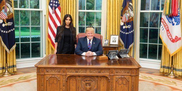 Trump a commué la peine de la détenue pour laquelle Kim Kardashian s'est
