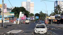 Une nuit plus calme mais toujours des violences à La Réunion, en marge des gilets