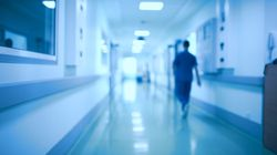 Après un suicide et un personnel à bout, le CHU de Grenoble cloué au pilori pour sa mauvaise