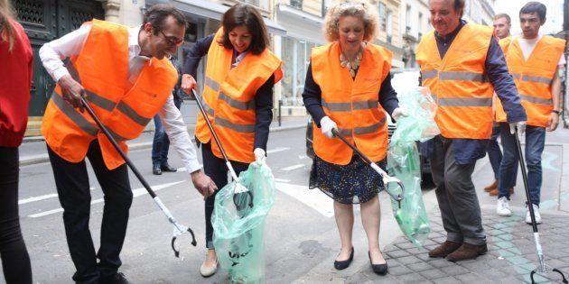 La maire de Paris Anne Hidalgo a participé à l'opération de nettoyage à