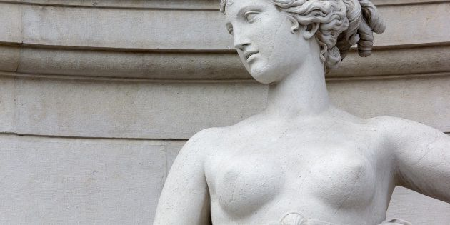 Dans l'art et la politique, voici pourquoi les seins nus ont du