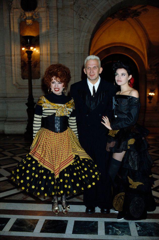 Yvette Horner avec Jean-Paul Gaultier et Béatrice Dalle aux Fashion Oscars Awards à Paris en