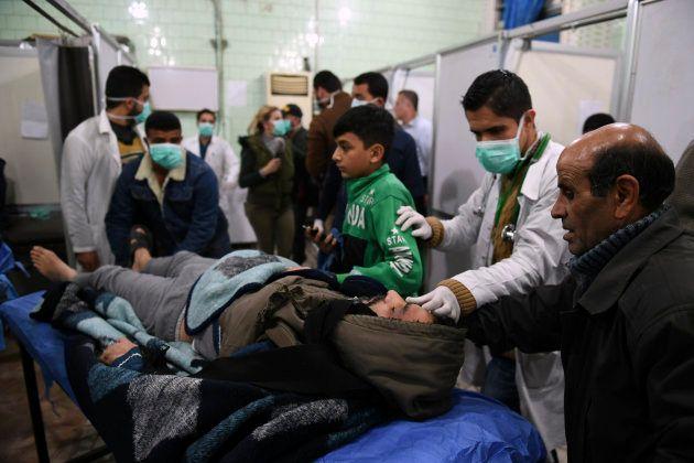 La Russie bombarde la Syrie après une attaque au gaz à