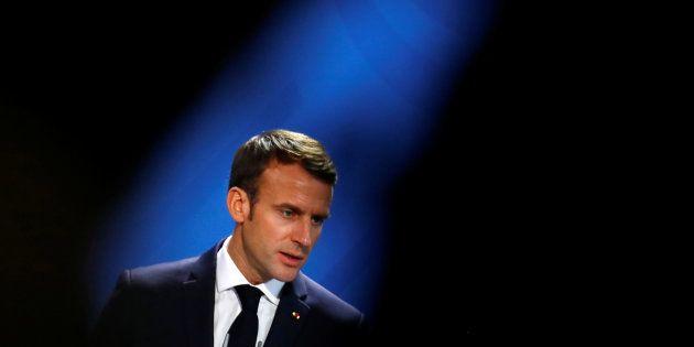 Comment Macron (ici en Allemagne en novembre) peut-il sortir de la crise des gilets