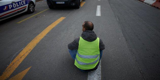 Les gilets jaunes entament le dixième journée de mobilisation (Photo