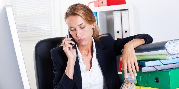 La proportion d'actifs présentant un risque de trouble psychique est plus importante chez les femmes...