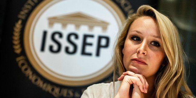 Officiellement retirée de la vie politique, Marion Maréchal a ouvert une école de sciences politiques...