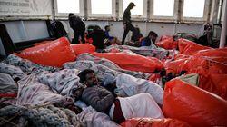 BLOG - Contrairement aux propos de Macron, ce n'est pas l'Italie qui est cynique face aux migrants, c'est la