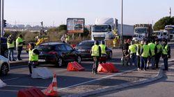 Le procureur des Hautes-Alpes menace de poursuites les gilets jaunes qui bloquent les