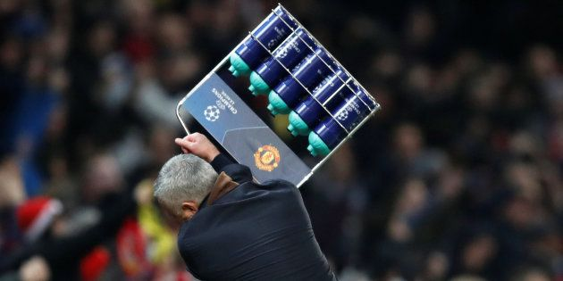 José Mourinho en forme après le but de son équipe mardi soir à Old