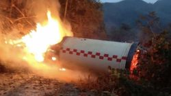 Les images impressionnantes de la chute et de l'explosion du booster d'une