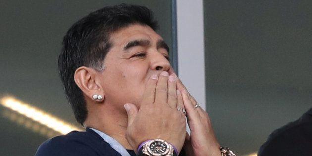 Diego Maradona répond aux accusations de racisme lors du match Argentine-Islande au Mondial